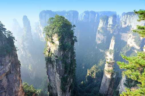 Горы Тяньцзы